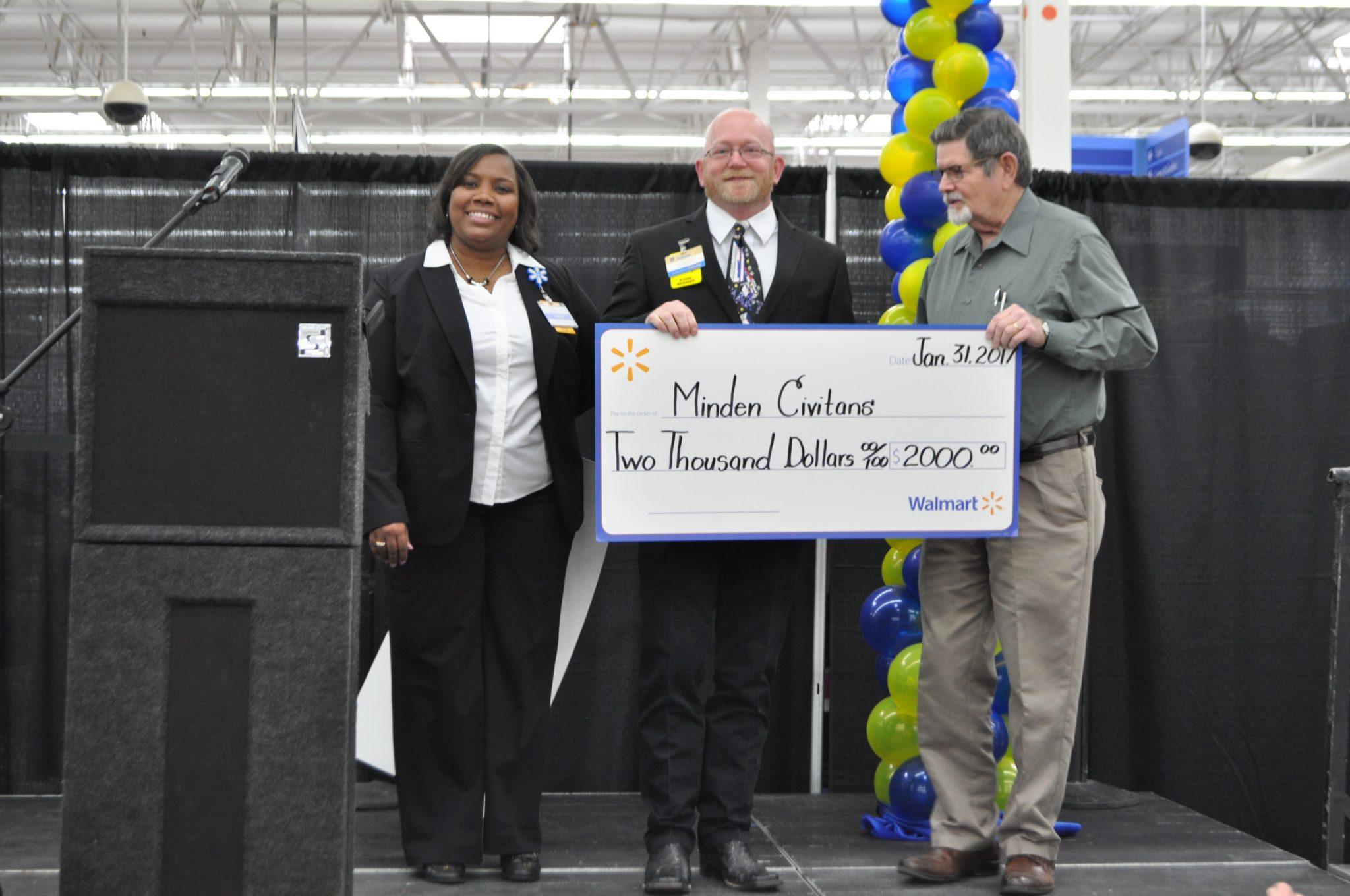 Minden S Walmart Academy Graduates First Class Minden