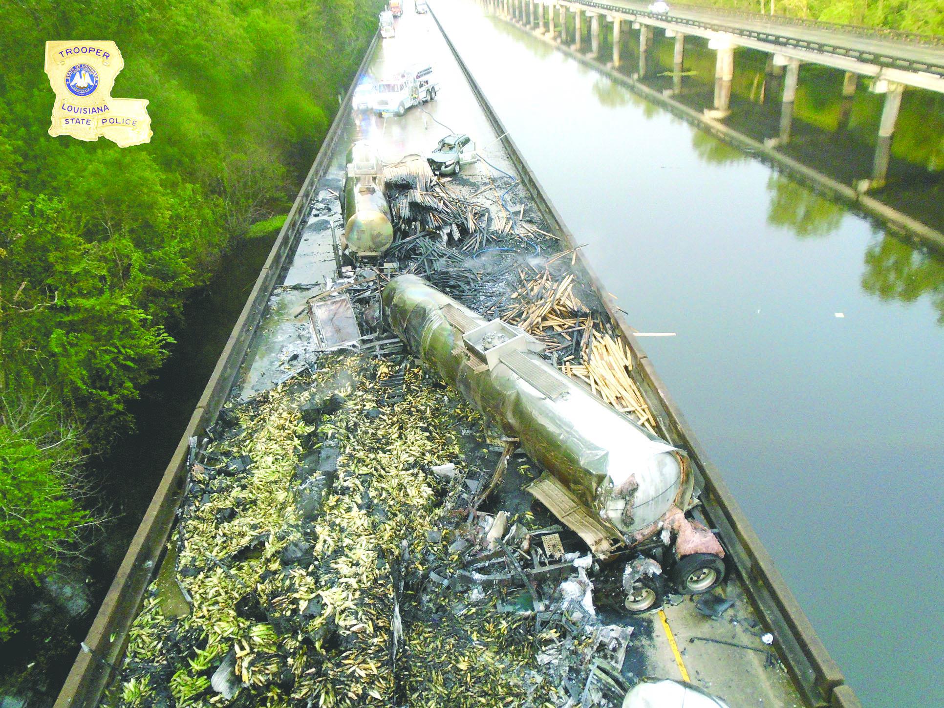 I-10 remains closed after deadly crash | Minden Press-Herald